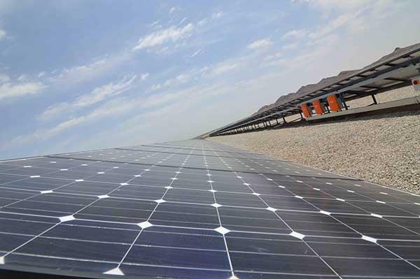 نیروگاه-خورشیدی-ملارد-1