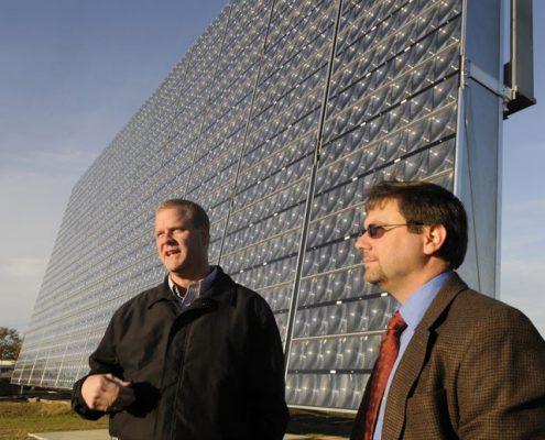 فناوری جدید پنل خورشیدی در پایگاه نیروی هوایی ROBINS 495x400 - فناوری جدید پنل خورشیدی در پایگاه نیروی هوایی ROBINS