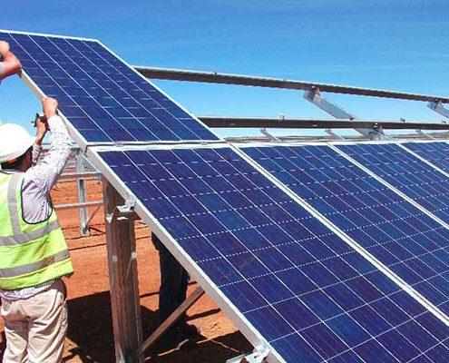 احداث نیروگاه خورشیدی آرانیرور 495x400 - احداث نیروگاه خورشیدی