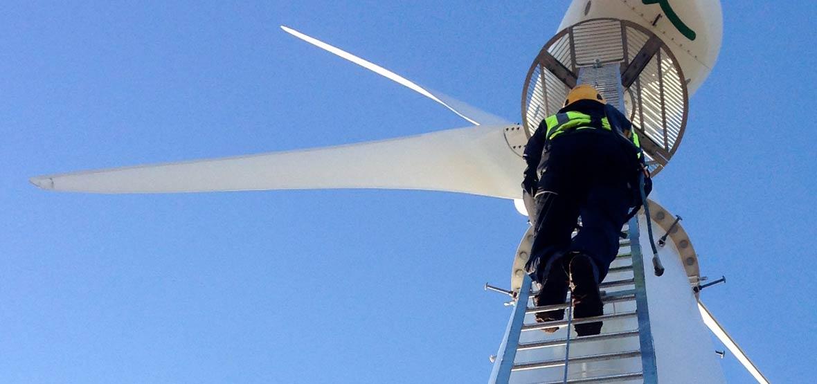 نصب توربینهای بادی در ایران - سر گذشت و آیندهی نیروگاه های بادی